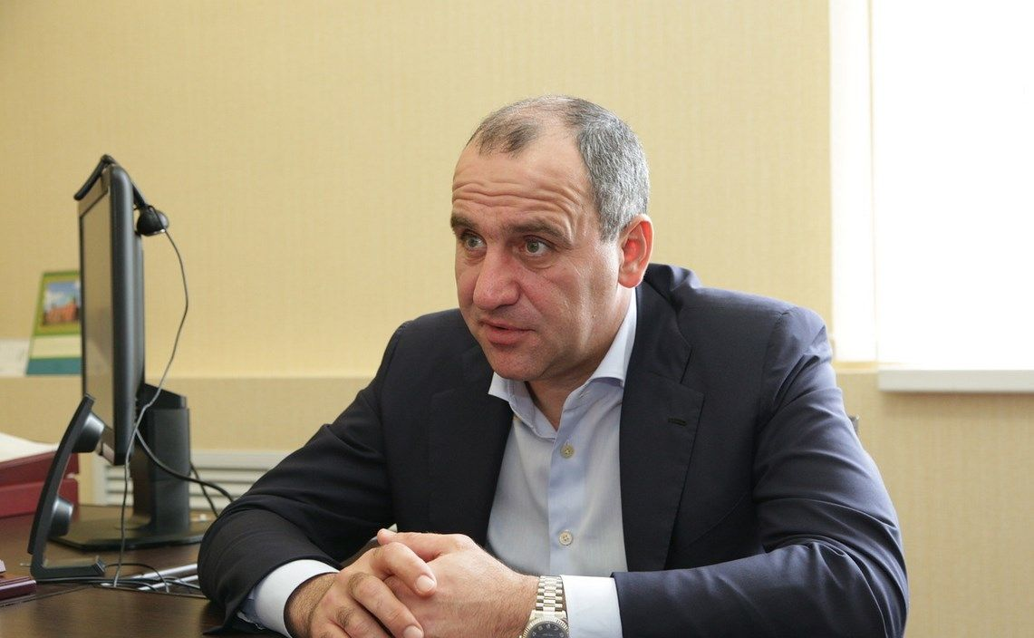 Темрезов прервал молчание и рассказал о ситуации с коронавирусом в КЧР