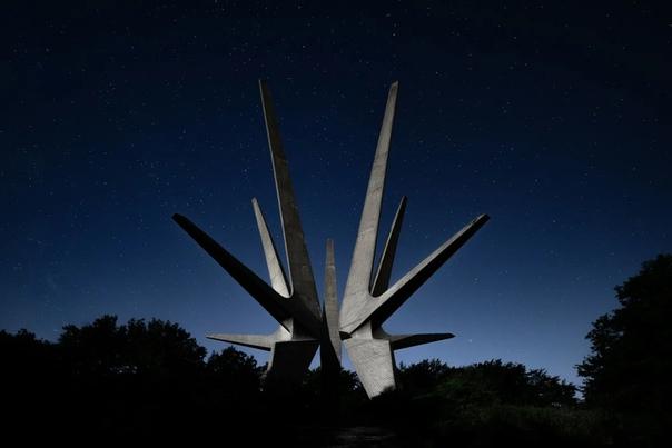 Пугающие советские памятники брутализма