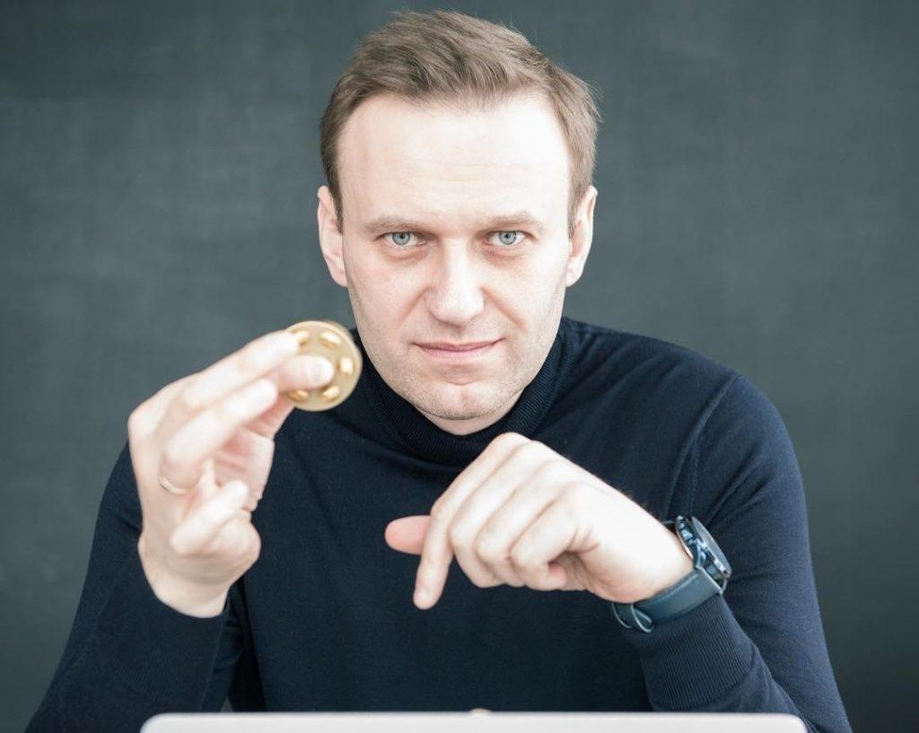 «3 лжи, которыми умело оперирует Запад»: во французском издании разоблачили операцию «Навальный – Новичок»