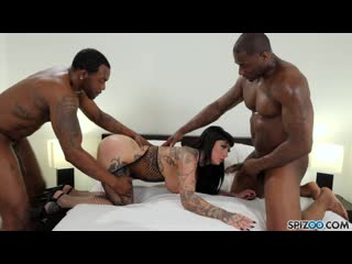 [spizoo.com] jessie lee - hot tattooed brunette gets double bbc (1080p)