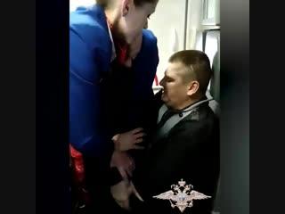Неадекватный пассажир рейса Петербург  Анталья