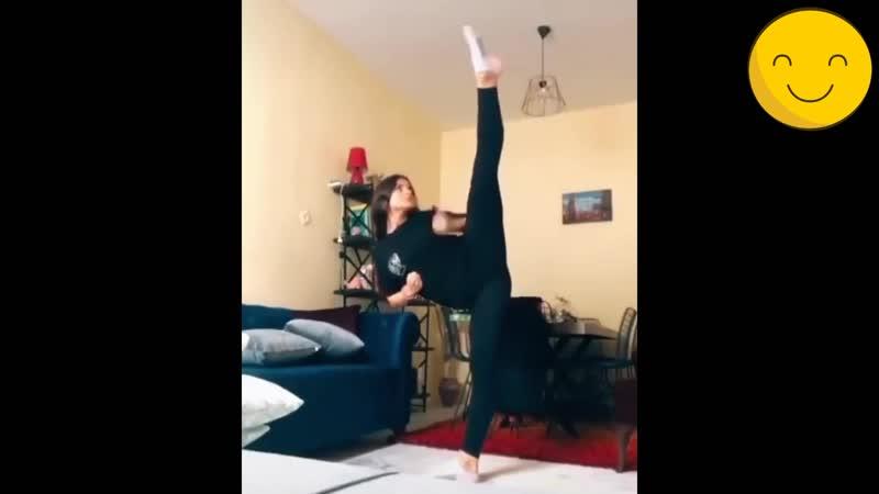TKD GIRL and Fantastic Kicking Skills