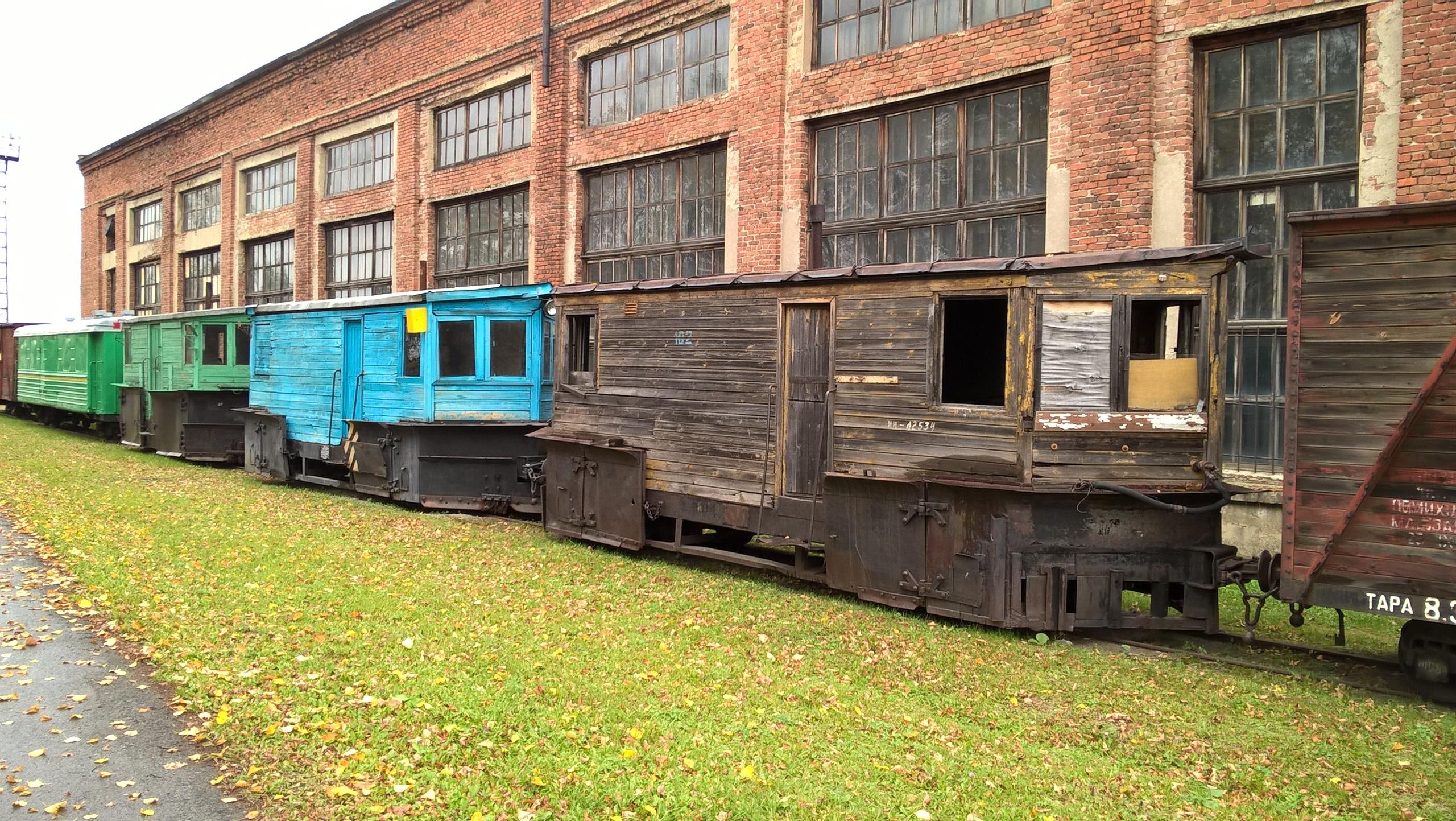 вагоны в музее Алапаевской железной дороги
