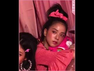 BLACKPINK JISOO Vogue Korea Magazine   Behind the Scenes