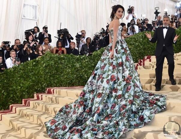Сегодня, 3 февраля  День Рождения у Амаль Клуни, жены известного американского актера Джорджа Клуни