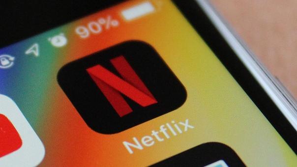 Netflix для российских пользователей перейдет на оплату в рублях уже 15 октября По данным из последней почтовой рассылки сервиса, основные виды подписки будут стоить 599, 799, и 999 рублей.