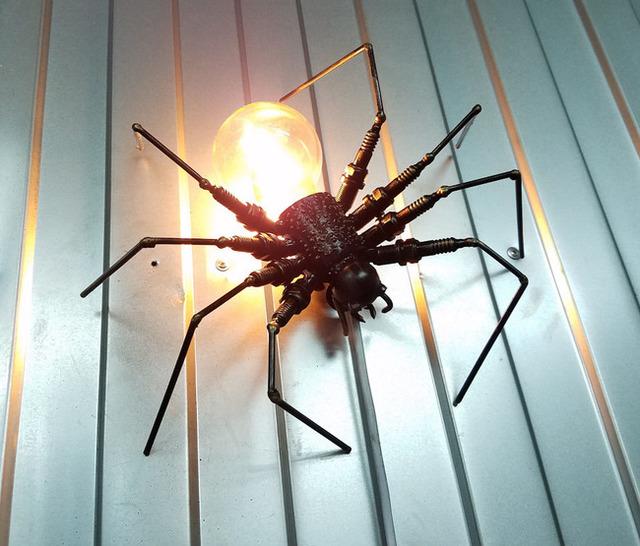 Паук из лампочки на Хэллоуин - МК и идеи