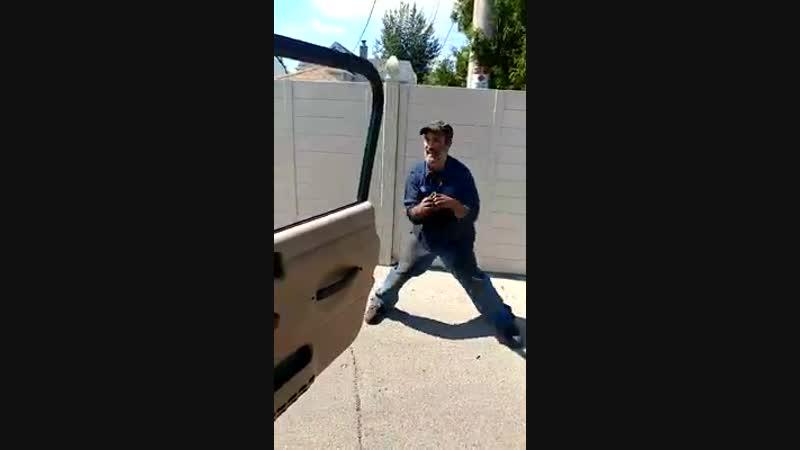 Танцы с дверью