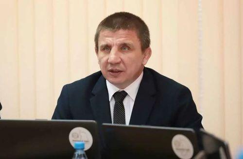 Парламент Хакасии попросил Альбертыча больше не распространять ложь