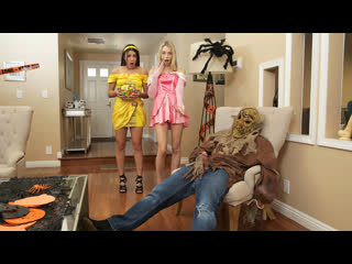 [StepSiblingsCaught] Kylie Rocket, Lily Larimar - Step Brothers Trick And Treat NewPorn2020