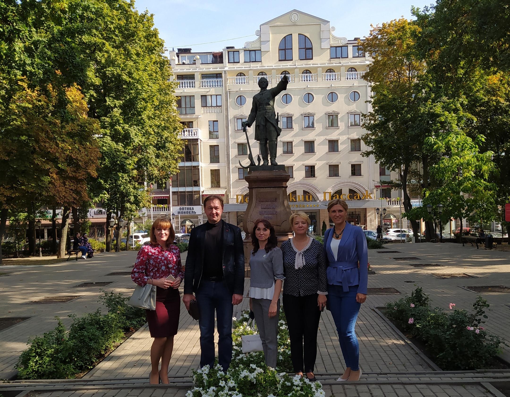 Руководитель ХМ «Арт-Донбасс» посетила торжественное открытие музея Ивана Бунина в Воронеже
