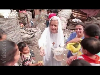 Христианский докуменальный фильм 'Мама Мэгги из Каира'