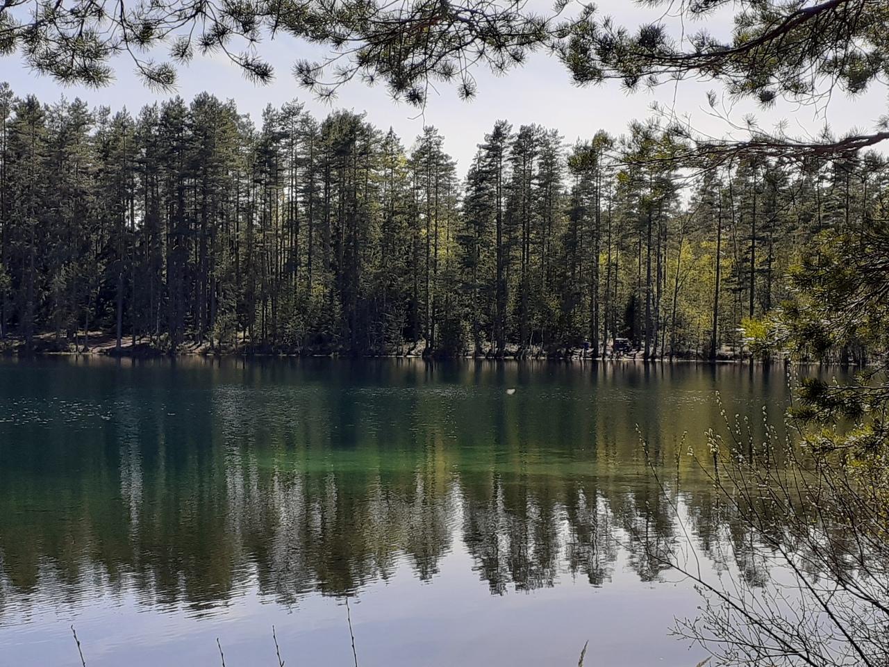 Местерьярви-Яппиля. Заброшенные дома и три прозрачных озера.