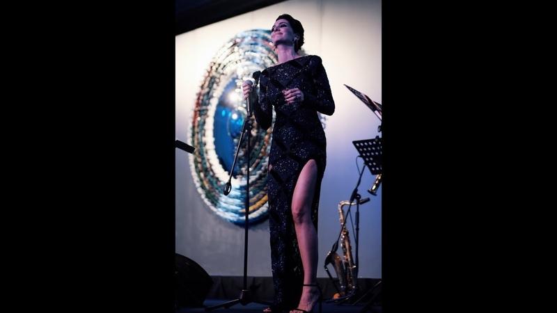 Bergüzar Korel Aykut Gürel band Her Yaşın Ayrı Bir Güzelliği Var
