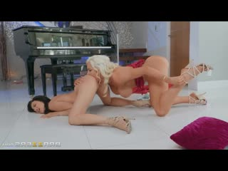 PornoMix / Jade Baker, Nicolette Shea  -  squirt  Fingering Pussy Licking Athletic milf  strapon lesbians xxx лесбиянки dildo