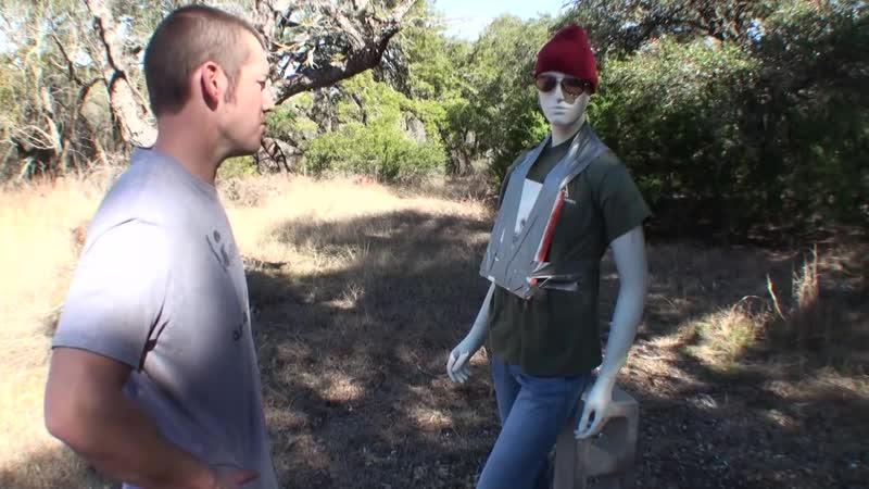Останавливаем бронебойный 50 BMG Разрушительное ранчо Перевод Zёбры