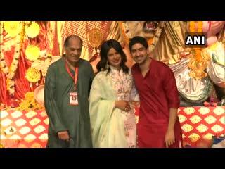 Watch priyanka chopra and ayan mukherjee at north bombay sarbojanin durga puja pandal on durgaashtami mumbai.