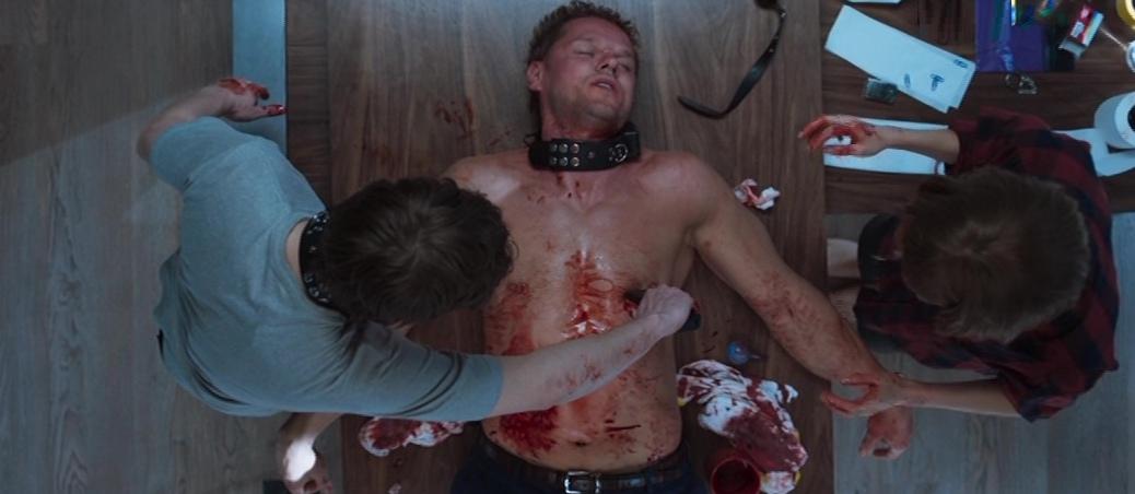 Колл-центр 6 серия Кирилл делает операцию Денису