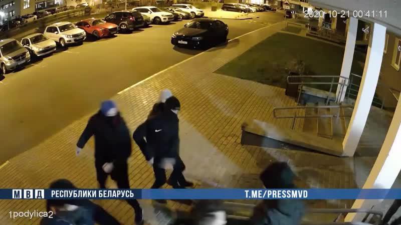 Задержанная убежала с наручниками а затем сама пришла в милицию