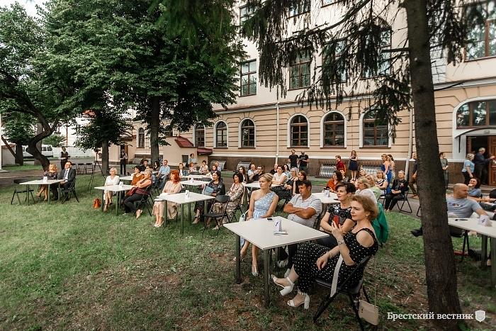 Брестская филармония открыла новый сезон летних музыкальных вечеров