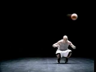 Реклама Nike Фристайл-Баскетбол -- Nike freestyle Basketball+Football