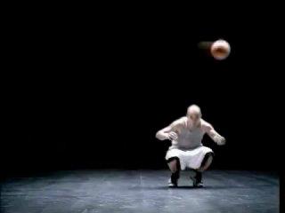 Реклама Nike Фристайл-Баскетбол -- Nike freestyle Basketball+Football