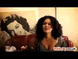 Эмили Блант в программе InStyle