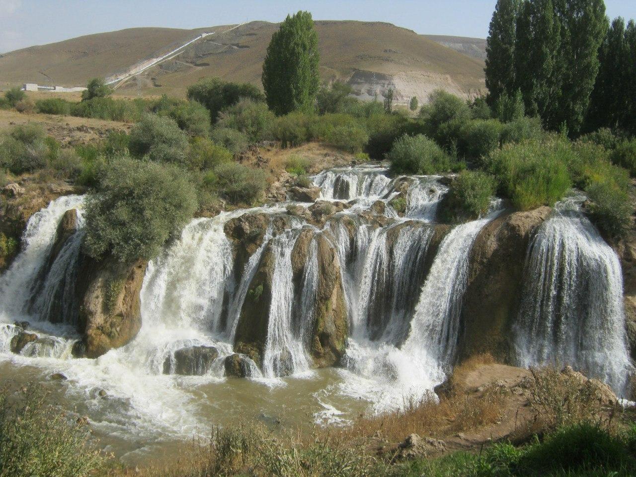 Водопад Мурадийе