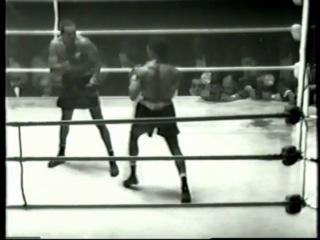 1956 06 05 Аrсhiе Мооrе vs Yоlаndе Роmреу Wоrld Light Неаvуwеight Тitlе