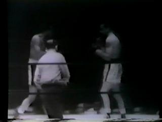 1955 06 22 Аrсhiе Мооrе vs Саrl Воbо Оlsоn Wоrld Light Неаvуwеight Тitlе