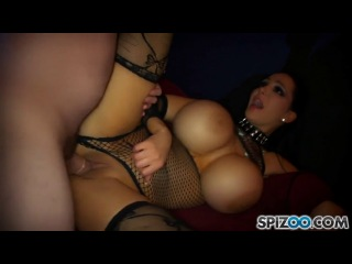 Amy Anderssen lets him cum over her perfect Tits