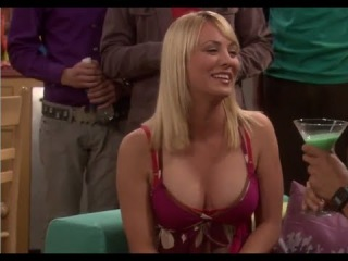 Sexy Kaley Cuoco (Penny)  Bloopers The Big Bang Theory - Seasons 1 - 5