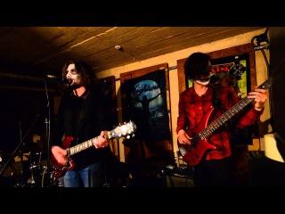 "2015-10-31 Halloween + ""Fadelights"" - Little Black Sub (cover) в Gung'Ю'бazz Bar Донецк"