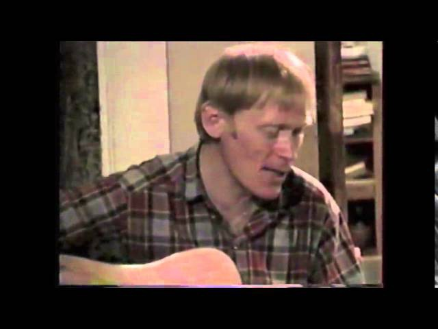 альпинист Анатолий Букреев поет песни под гитару Солт Лейк 1993