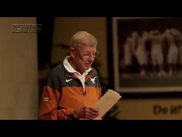 LHN: Lou Holtz visits football [April 8, 2015]