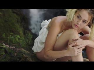 Премьера. Miley Cyrus - Malibu