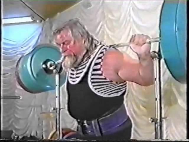 Валентин Дикуль - приседания 450 кг Valentin Dikul - squats 450 kg