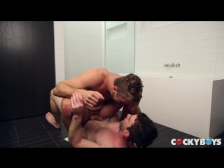 Wesley woods and dustin holloway flip-fuck