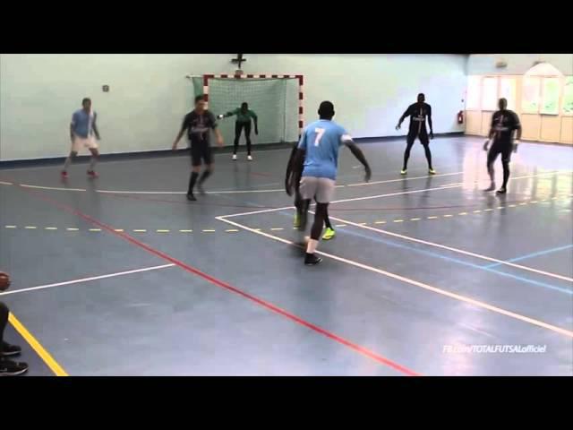 He break the PSG defense WOW Landry NGALA