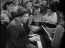 A night at the opera (1935) - Chico Marx at the piano