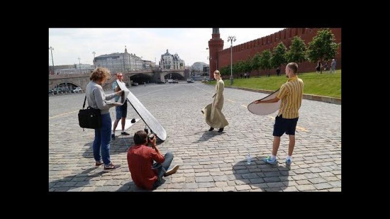 Бэкстейдж первой в истории модной съёмки в Кремле с моделью Ириной Николаевой для Aizel ru