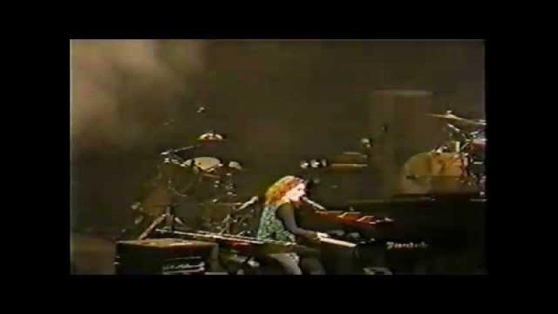 Tori Amos Phoenix AZ 27 September 1998 Part 1