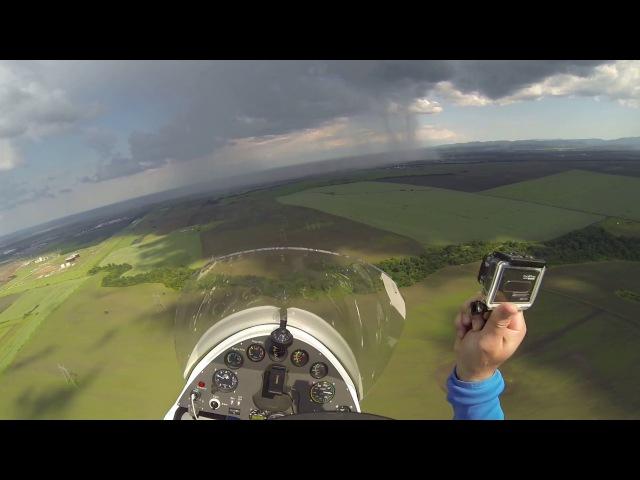 ИДУ НА ГРОЗУ Полет на автожире над рапсовым полем гроза молнии можно руками потрогать