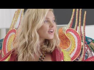 2017 Victoria's Secret Fashion Show:  Swarovski Look presented by Elsa Hosk