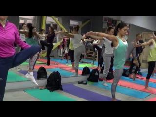 Йога разминка стоя.Техника скручиваний в йоге