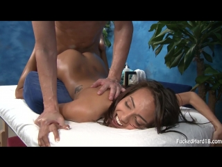 Janice griffith пришла на массаж, а её насадили на член