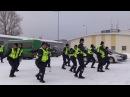 Полицейские станцевали в честь юбилея ЭРEesti tantsib Lääne-Harju politseijaoskond - Tuulevaiksel ööl