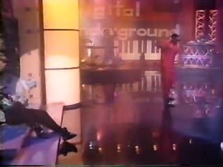 Digital Underground - The Humpty Dance (Live Arsenio Hall) (1990) (HQ)
