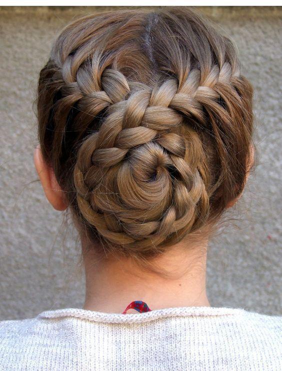 Больше объема: 10 вариантов причесок для тонких волос, изображение №11