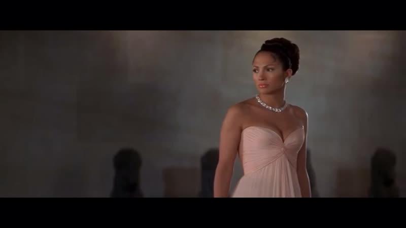 Момент из фильма «Госпожа горничная» (2004)